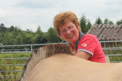 Fortbildung Bindegewebsmassage am Pferd mit Silke