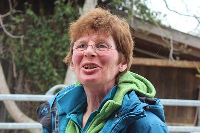 Silke Huber, Kursbeschreibung Equipathie: Ausbildung Osteopathie, Physiotherapie, Psychomotorik am Pferd